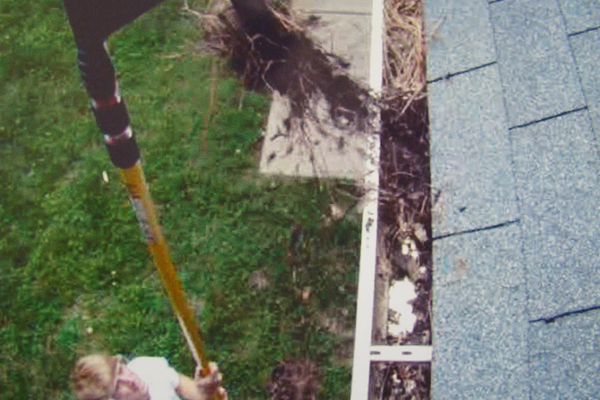Clean Your Gutters Without A Ladder Gutterwhiz